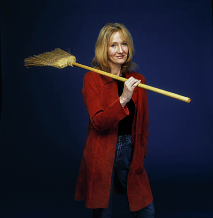 http://ttglibrary.files.wordpress.com/2009/07/jk-rowling.jpg