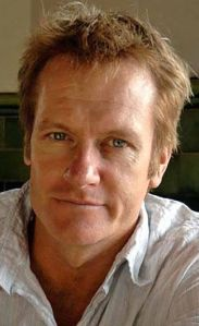 Author and actor William McInnes is the official ambassador for Reading Hour 2014.